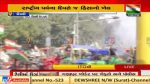 Tractor Rally Police lathi charge on rioters of kisaan tractor rally Ghazipur border