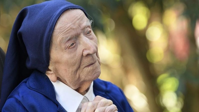 Before her 117th birthday oldest woman in Europe sister andre defeat Corona