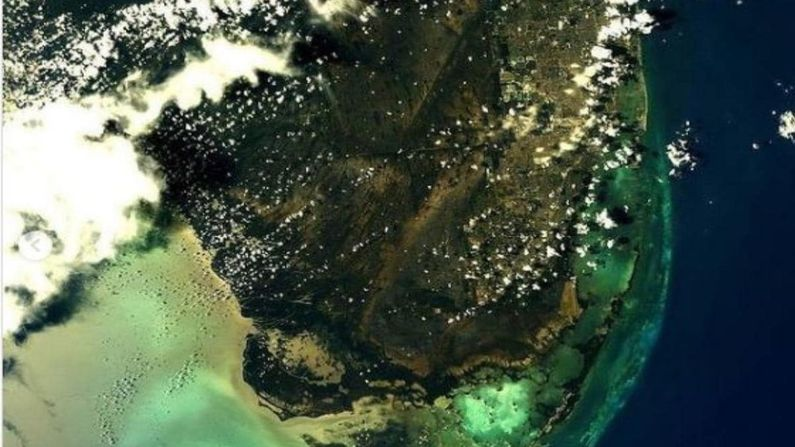What does the earth look like from space? NASA Reveals Awesome PHOTOS OF EARTH