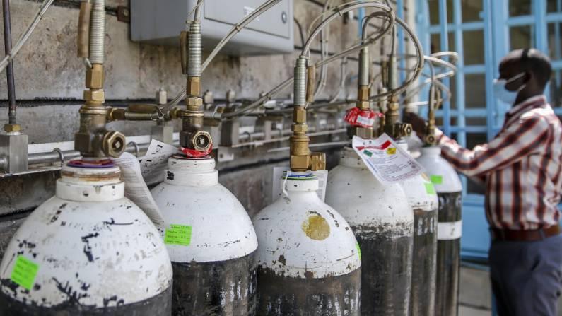 Oxygen Production: ગુજરાત અને મહારાષ્ટ્રનાં દર્દીઓને વાપીનાં ઓક્સિજનની સહાય
