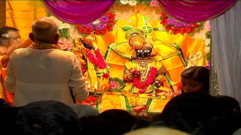 સુદ પક્ષની નોમ હોય કે વદ પક્ષની નોમ હોય, 'નવમી' તિથિએ કાલારામજીના દર્શનનો મહિમા છે. તો રામનવમીના અવસરે પદ્માસનમાં વિદ્યમાન રામજીના આ રૂપના દર્શનની સવિશેષ મહત્તા છે. કહે છે કે રામનવમીના રોજ તો 'કાલારામજી'નું રૂપ જાણે કંઈક ઓર જ ખીલી ઉઠે છે ! રામ જન્મોત્સવ ઉપરાંત દિવાળી, બેસતુ વર્ષ, અખાત્રીજ અને સીતાવિવાહ જેવાં અવસરો પણ અહીં ઉત્સાહથી ઉજવાય છે.