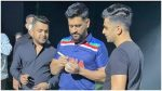 MS Dhoni spotted in Team India's retro jersey