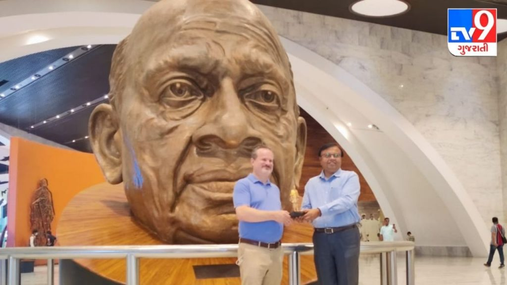 Narmada : Consul General of the US Embassy in Mumbai David Ranz overwhelmed by the Statue of Unity